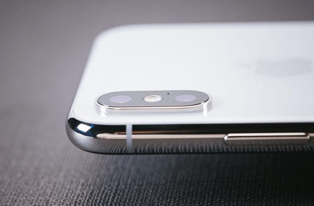 iphoneXのカメラの画素数